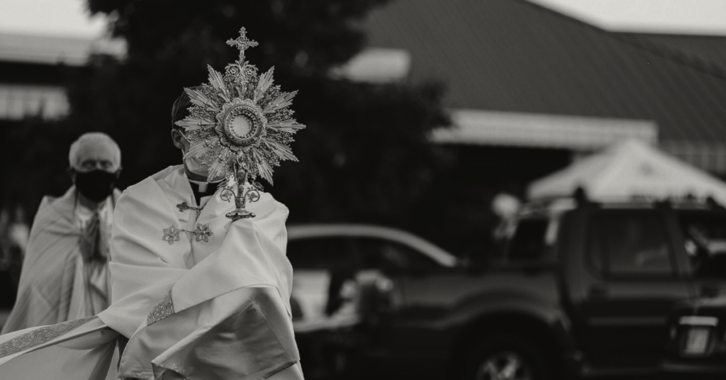 Eucharistic procession with masks
